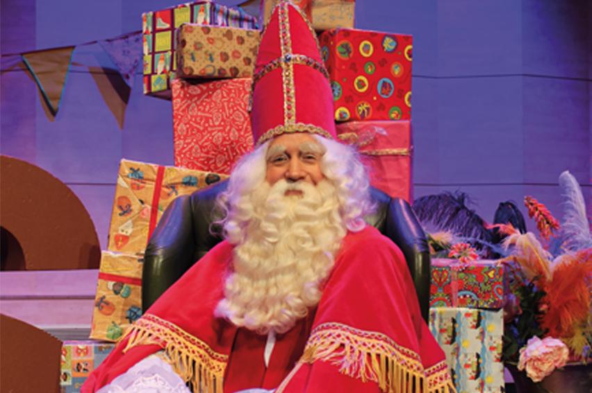 Sinterklaas, kadootjes, pakjes, chocoladeletter, baard